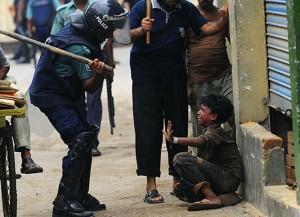 police-beating-kids-2